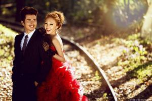 结婚遇到丧事怎么办?